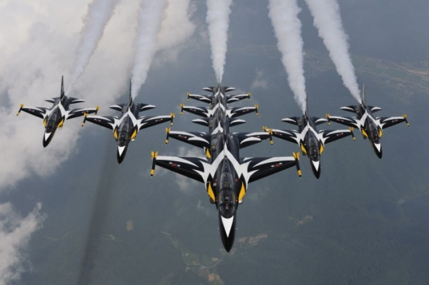 Black-Eagles-728x484.jpg