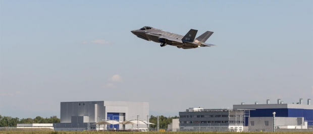 italy_f-35_flight_carousel__main.jpg