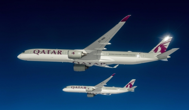 A350-1000-and-A350-900-Qatar-formation-flight-030.jpg