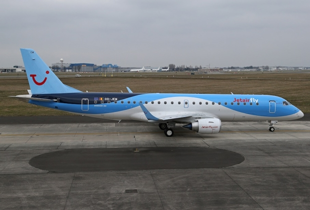 Jetairfly_Embraer190STD_OO-JEM_ Delivery flight(2).jpg