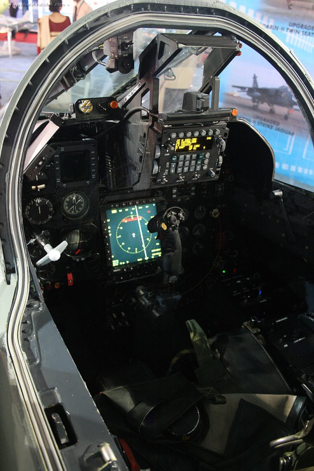 Darin II Jaguar Cockpit Display 04.jpg