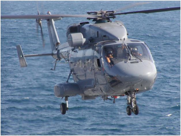 HAL_Dhruv_of_Indian_Navy_1.JPG