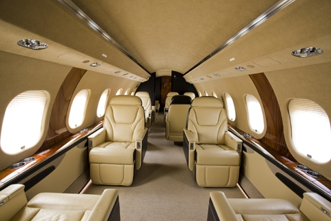 Global_Express_XRS_interior_1-LR.jpg