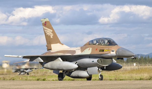 an-f-16b-netz-of-the-israeli-air-force-giovanni-colla.jpg