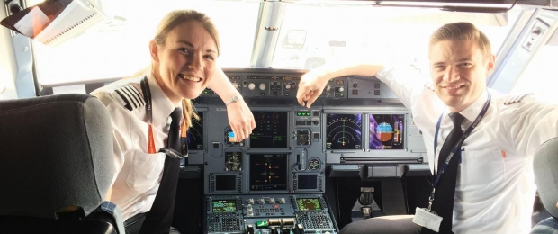 kate-mcwilliams-plus-jeune-commandant-de-bord-easyjet.jpg