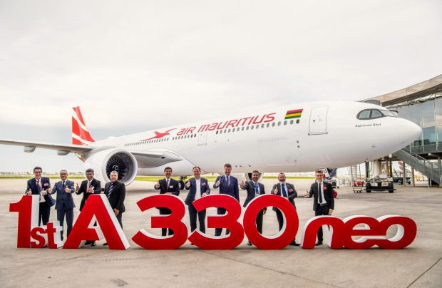 first-A330neo-Air-Mauritius-MSN1884-delivery-ceremony-043.jpg