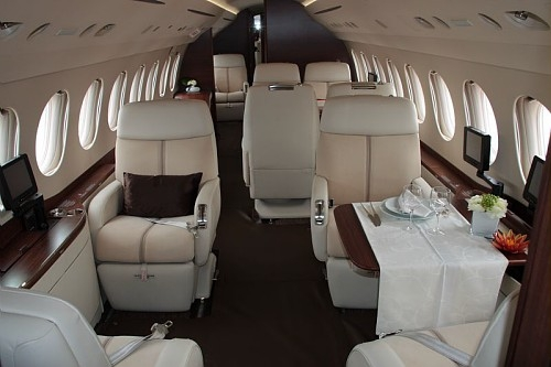 Dassault livre le 100e falcon 7x avia news for Interieur falcon 2000