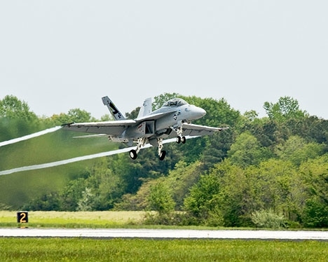 3bd6c_fa-18-hornet-biofuels-Green-hornet-photo.jpg