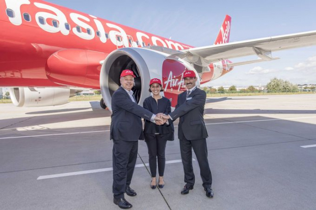 csm_A320neo_AirAsia_first_delivery_VIPs_7d4a453419.jpg