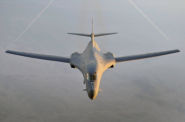B-1B-Lancer-bomber-flies-a-combat-patrol-over-Afghanistan-in-support-of-Operation-Enduring-Freedom.jpg