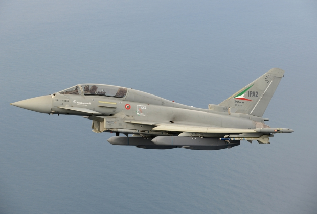 eurofighter-typhoon-storm-shadow-initial-flight-trials.jpg
