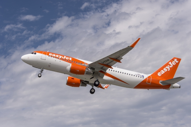 A320_easyJet_new_livery_2015.JPG