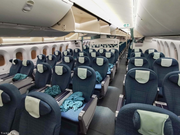 The-first-picture-of-Vietnam-Airlines-Boeing-787-10-will-be-received-in-July-2019.jpg