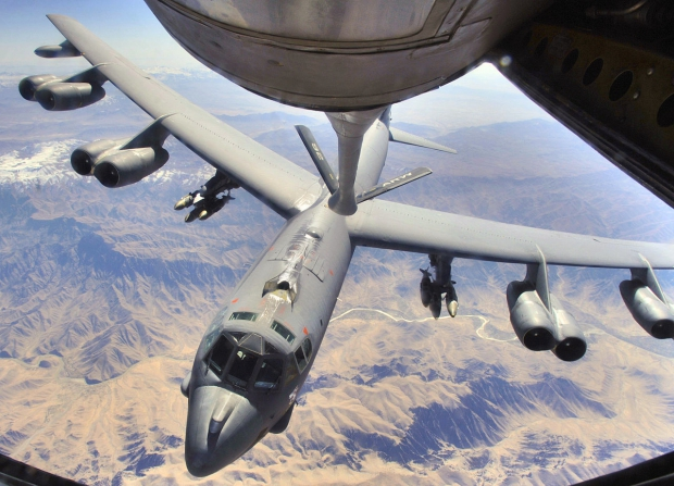 1280px-B-52H_prepares_to_refuel_over_Afghanistan.jpg
