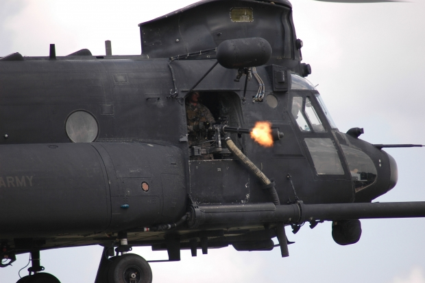 mh-47-chinook-minigun-hr.jpg