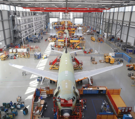 A320_production_line_Hamburg_Germany_2010.jpg