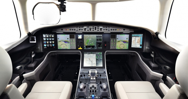 dassault aviation,falcon 5x,nbaa falcon 5x,silvercrest,avia news falcon 5x,aviation d'affaires