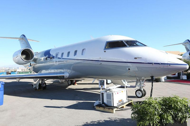 Bombardier_unveils_Challenger_650_with_launch_customer_NetJets.jpg