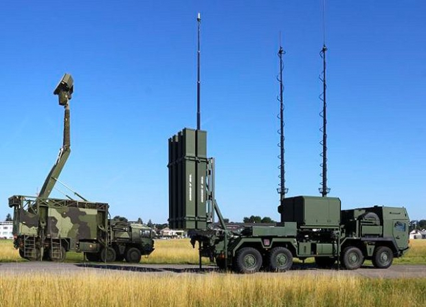 IRIS-T_SLS_surface-to-air_defense_missile_SAM_system_Diehl_Germany_German_defence_industry_military_technology_001.jpg