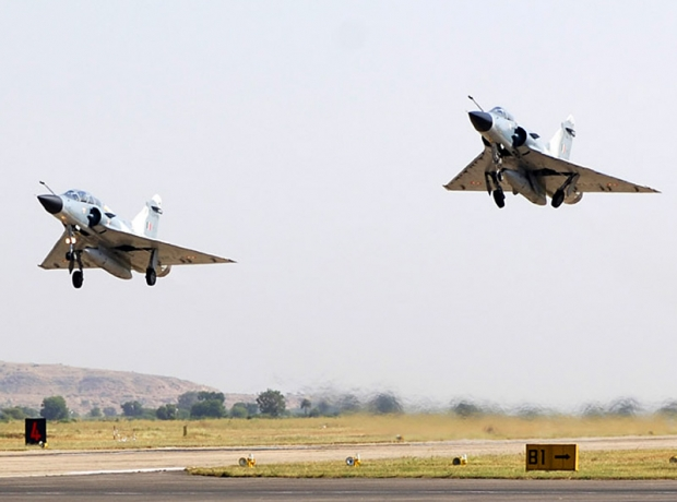 AIR_Mirage_2000Hs_India_Takeoff_lg.jpg