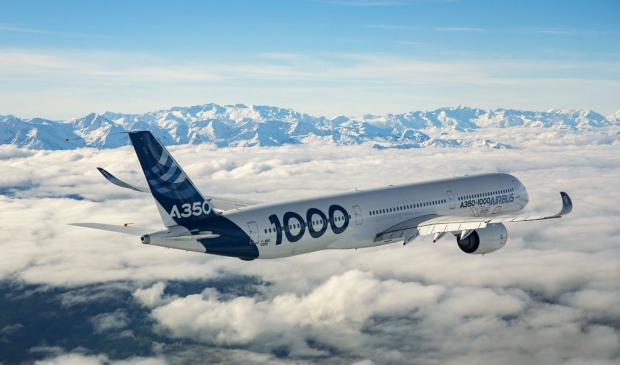A350-1000-in-flight.jpg