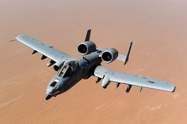 800px-USAF_A-10_Thunderbolt_II_after_taking_on_fuel_over_Afghanistan.jpg
