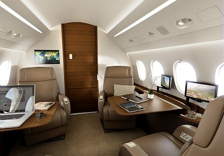 Ebace dassault pr sente le falcon 2000s avia news for Interieur falcon 2000