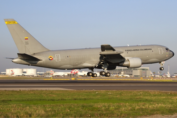 Colombian_Air_Force_Boeing_KC-767-2J6ER_Lofting-1.jpg