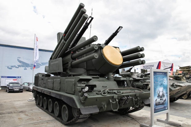 Pantsir-S1_tracked_-_Engineering_Technologies_2012_-1.jpg