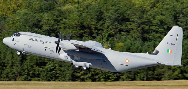Indian_Air_Force_Lockheed_Martin_C-130J_KC-3801_first_flight2b.jpg