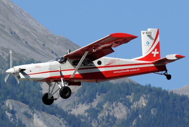 Pilatus_PC-6-B2-H2M_Turbo_Porter,_Switzerland_-_Air_Force_JP7211052.jpg