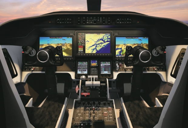 Bombardier-Lear-75-Flight-Deck.jpg