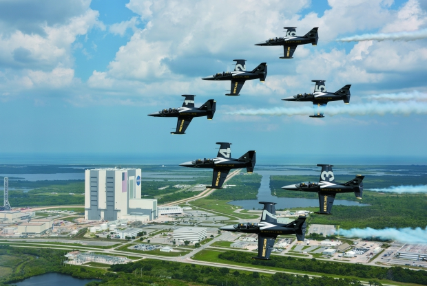 Breitling Jet Team - Kennedy Space Center - USA.jpg