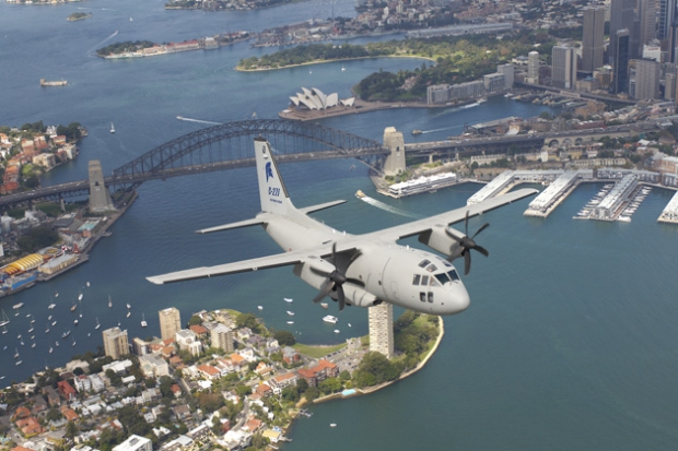 C-27J_during_a_flight_on_Sidney.jpg